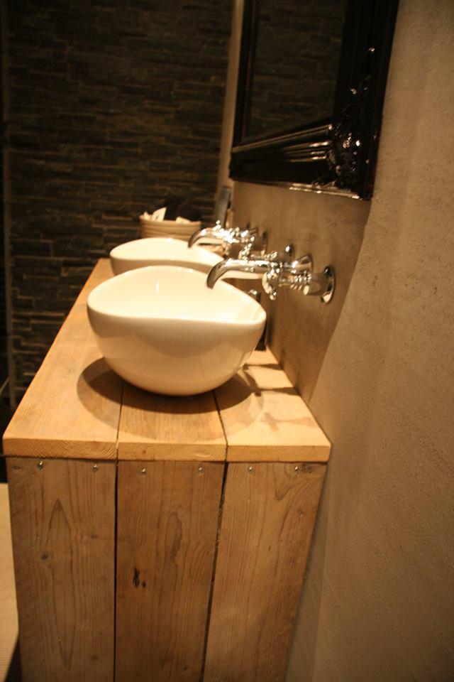steigerhouten badkamerkastje met rvs wastafel ~ lactate for ., Deco ideeën